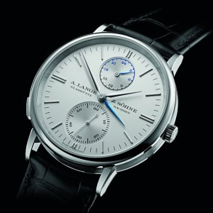 A. Lange & Sohne [全新] 386.026 Saxonia Dual Time 38.5mm Mens Watch (Retail:EUR 27.300)