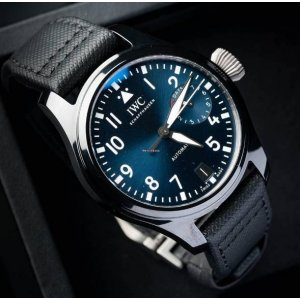 IWC [NEW] Big Pilot Top Gun Automatic Black Dial Mens IW502001 (Retail:HK$112,000)