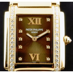 Patek Philippe [NEW] 4910/11R-010 Brown Dial Twenty~4 Rose Gold Ladies Watch (Retail:HK$313,200)