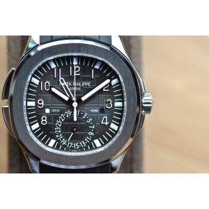 Patek Philippe [NEW] Aquanaut Travel Time 5164A (List Price: HK$254,600)