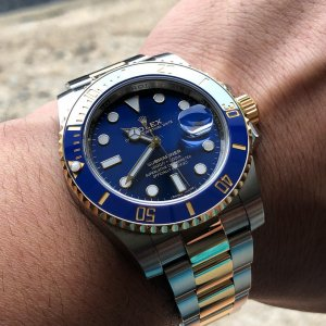 Rolex [NEW][香港行貨] Oyster Perpetual Blue Submariner Date 116613LB (Retail:HK$94,700)