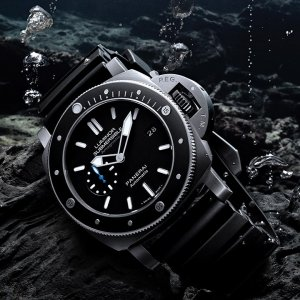 Panerai [NEW] Luminor Submersible 1950 Amagnetic 3 Days Automatic Titanio PAM 1389