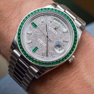 Rolex [NEW][RARE] 228396TEM Day-Date 40mm Platinum Green Emerald (Retail:EUR 430.000)
